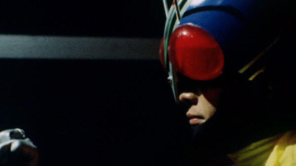 仮面ライダーV3 敵か味方か? 謎のライダーマン