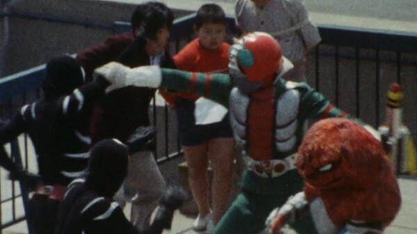 仮面ライダーV3 ミサイルを背負ったヤモリ怪人!
