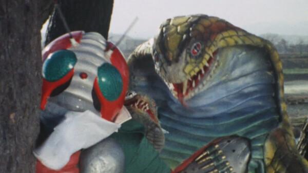 仮面ライダーV3 機関銃を持ったヘビ人間!
