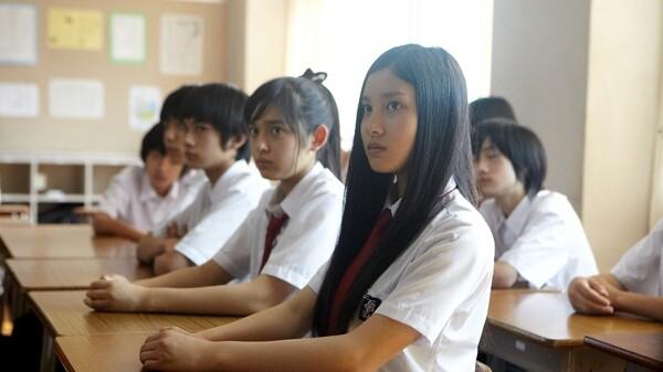 鈴木先生 LESSON 9 「デキ婚は罪か!?生徒35名が教師を裁判!」