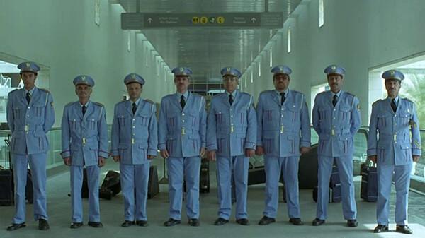 迷子の警察音楽隊 (字) 迷子の警察音楽隊