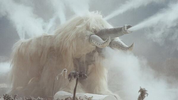 ウルトラマン80 あっ! キリンも象も氷になった!!